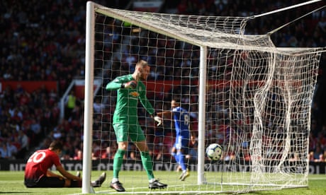 Cardiff mark top-flight departure with victory at Manchester United