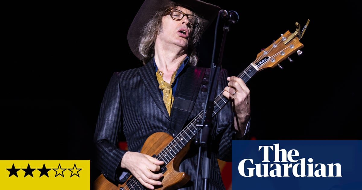 The Waterboys review – breathless, hair-prickling Big Music