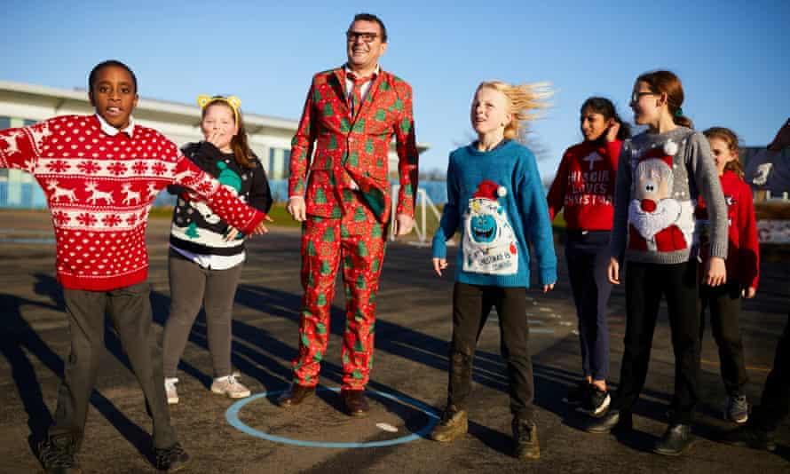Chris Dyson and Parklands children preparing for Christmas.