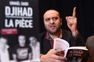 Ismael Saïdi launching a book adapted from his play Djihad.