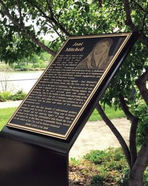 Joni Mitchell dedication plaque