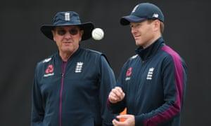 The England captain, Eoin Morgan, prepares for Thursday's semi-final against Australia with head coach Trevor Bayliss at Edgbaston.
