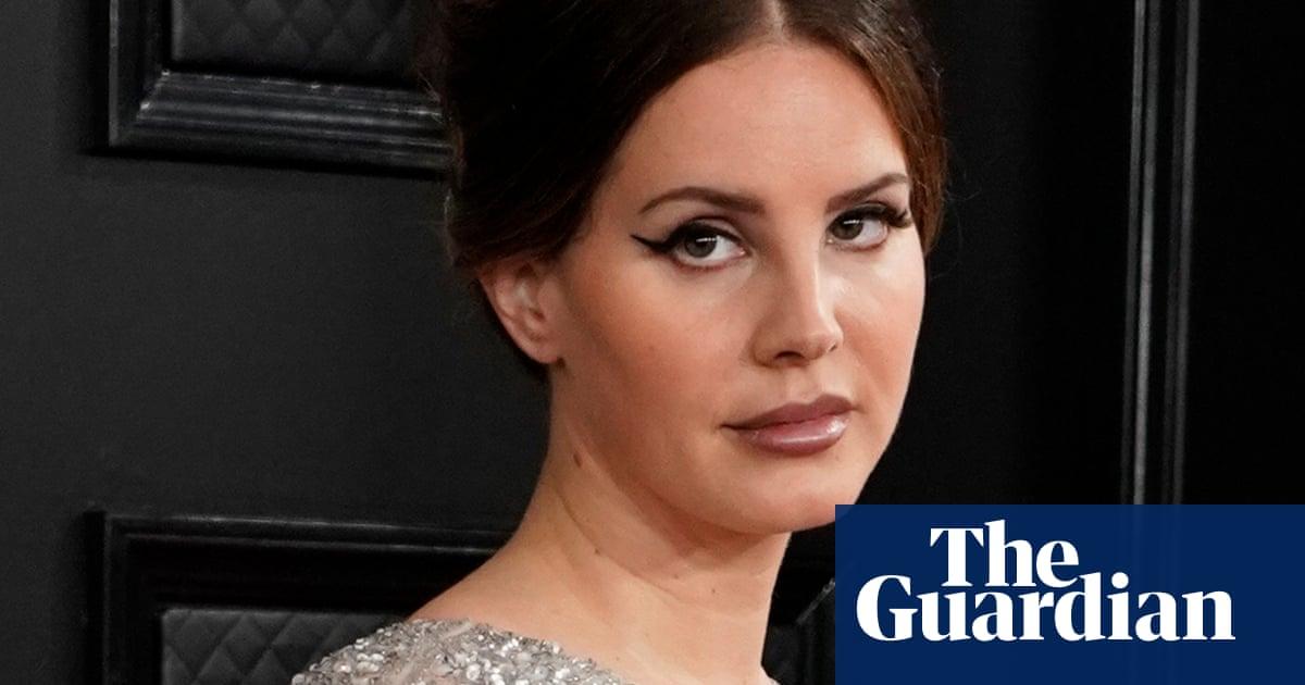 Lana Del Rey Hits Back At Critics Who Say She Glamorises Abuse Music The Guardian