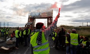 A blockade at an oil refinery in Frontignan, southern France, on 3 December.