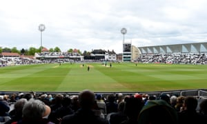 Nottinghamshire beat Yorkshire at Headingley on Sunday to maintain their 100% record in the Royal London Cup.