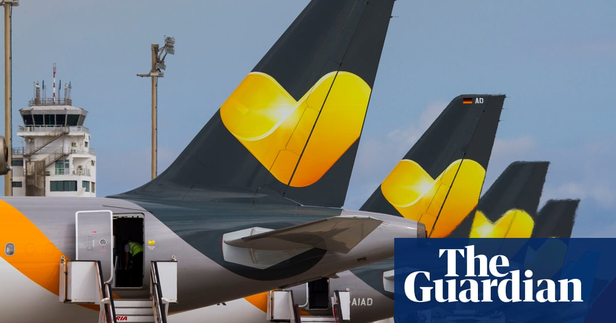 Thomas Cook shares plunge amid fears over £389m debt