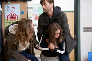 Emily (Jessica Hynes), Rosie (Miley Locke) and Simon (David Tennant) in There She Goes
