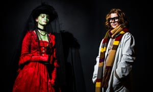 India Bunce dressed as Silurian detective Madame Vastra, with Anna Evan as UNIT scientist Osgood