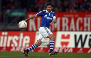 When Raúl moved to the Bundesliga and charmed a nation of football fans