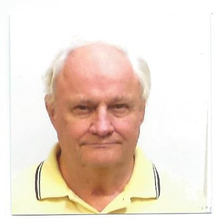 James Reynolds, a former US prosecutor, is supporting clemency for Leonard Peltier.