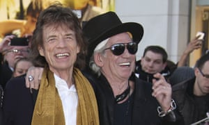 Keith Richards has apologised to Mick Jagger over an interview in which he suggest his bandmate needed a vasectomy.