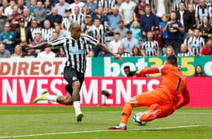 An unmarked Kenedy is through on goal but his first touch lets him down.