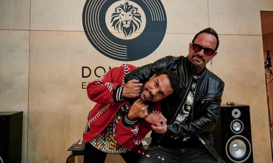 Maxxx ... O-T Fagbenle and Christopher Meloni.