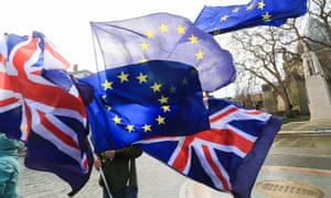 Pro-Europe campaigners protest outside Parliament as a new analysis report suggests a Hard Brexit will cost the Scottish economy £16 billion a year.