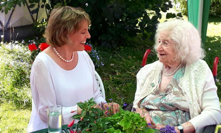 Volunteer Anne Baker, 106, awarded MBE