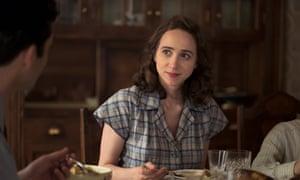 Zoe Kazan como Bess en el complot contra América.