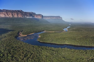The Gran Sabana in Venezuela, South America lies on a plateau at an altitude of 1,000 metres above sea level and is dotted with huge table-top mountains called Tepuis which rise from the surrounding plains.