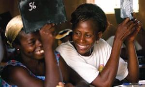 2. L Occitane Burkina Faso literacy credits Jean de la Tour copy
