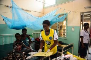 Children in Lodwar hospital
