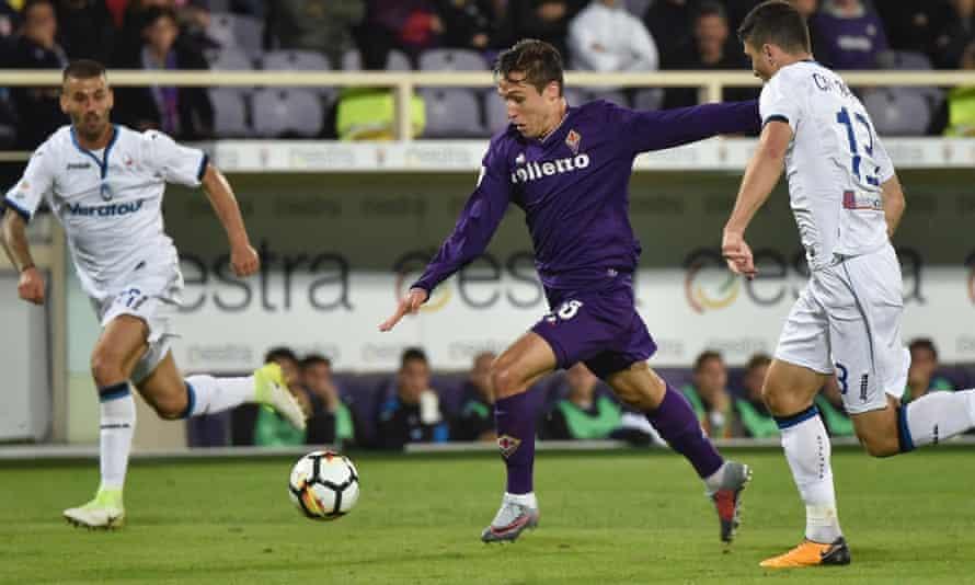 Federico Chiesa opens the scoring for Fiorentina against Atalanta.