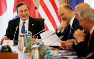 epa04772511 (L-R) Mario Draghi, President of the European Central Bank, and Pierre Moscovici, Economic and Monetary Affairs Commissioner of the European Union, and other participants attend the G7 Meeting of Finance Ministers in the Royal Palace in Dresden, Germany, 28 May 2015. Finance ministers and central bank governors from the seven leading western industrial states (G7) are meeting in the capital of Saxony from 27 to 29 May 2015. Photo: JAN WOITAS/dpa EPA/JAN WOITAS