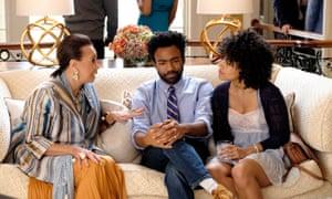 Joan Q. Scott as Lisa, Donald Glover as Earnest Marks, Zazie Beetz as Van. CR: Guy D'Alema/FX