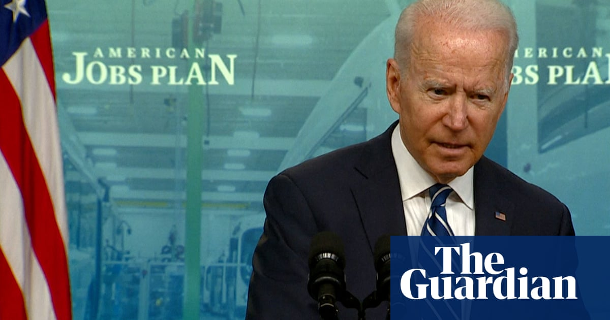 Biden warns 'lives will be lost' if more people aren't vaccinated against Covid – video