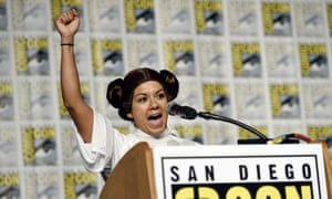 Guest speaker Diana Font addresses the audience at Comic-Con.