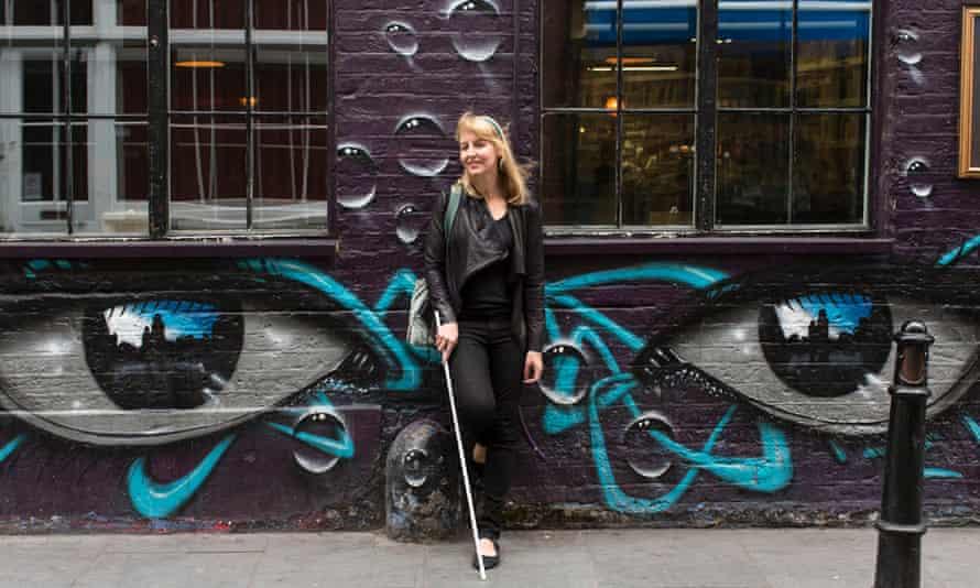 Annalisa D'Innella with white cane