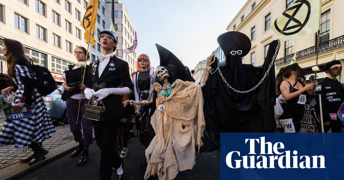 Extinction Rebellion: fresh protests to 'shut down' Westminster