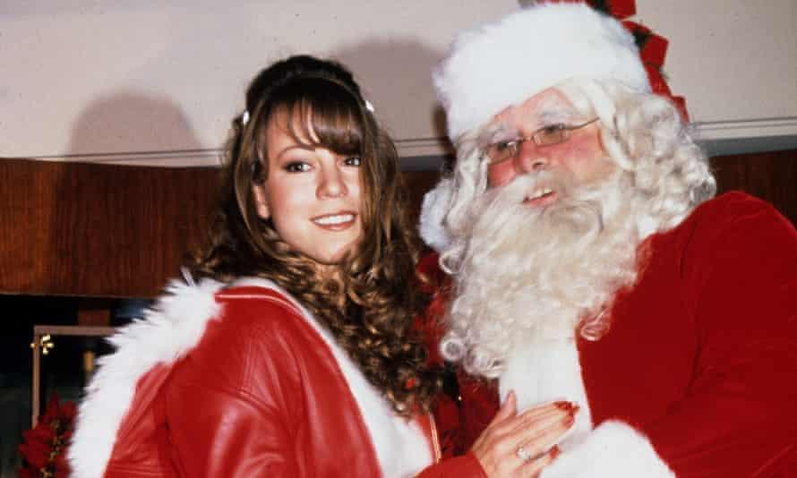 Mariah Carey launches her Christmas album in 1994