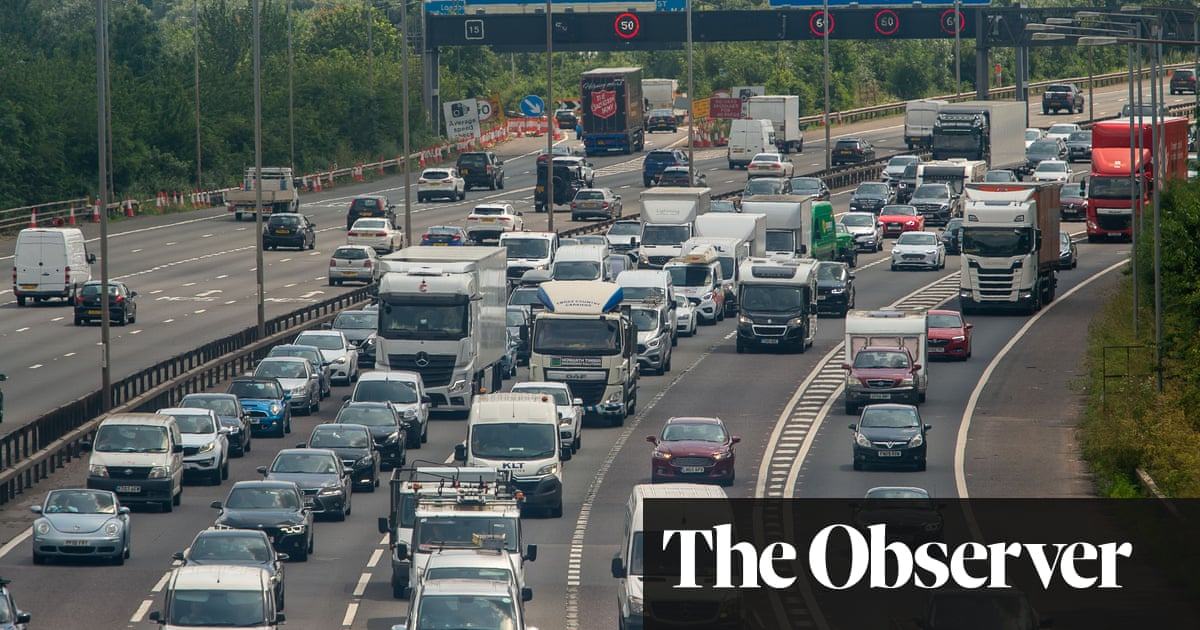 Rise in UK car insurance predicted as drivers return to road after lockdown