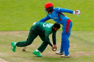 Bangladesh's Shakib Al Hasan (left) clashes with Afghanistan's captain Gulbadin Naib.