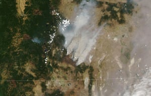 Oregon, US The Bootleg fire, the largest fire (by area) currently burning in the United Statesis seen on NASA's Aqua satellite. Nearly two weeks after the fire ignited, it has burned 467 square miles (1,209 square kilometers), about equivalent to the area of the cities of Los Angeles or Phoenix