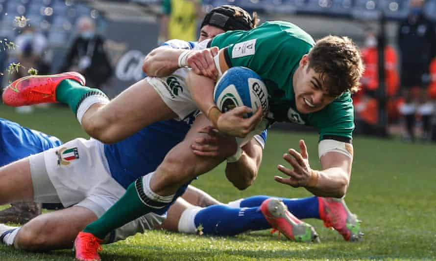 Ireland's Garry Ringrose dives for the line to score against Italy.