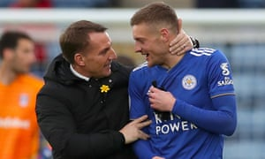 Jamie Vardy's goals gave his new manager a perfect start in his first home match.