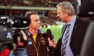 Having spent decades as one of the most respected and loved sports broadcasters, Dennis Cometti is entering his final season covering AFL football for the Seven network.