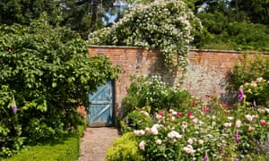 Walled Garden and Roses, Spetchley