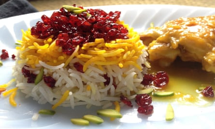 Saffron rice with chicken as made by Maryam Sinaiee, who has a blog of Persian recipes.