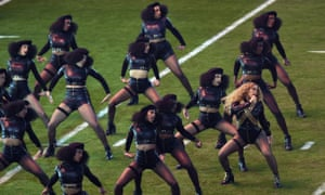 Beyoncé and dancers performing at the 2016 Super Bowl.