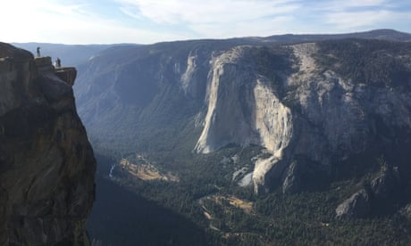 Yosemite rangers recover bodies of pair who fell 800ft from popular overlook