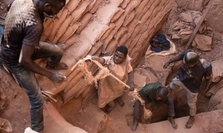 Cobalt mining in the Democratic Republic of the Congo