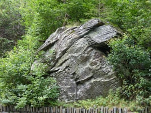 Maen yr hen wraig sy'n melltithio (the stone of the old cursing woman) in the Lledr valley, Snowdonia.