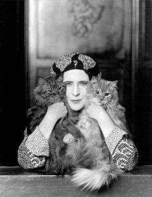 Elinor Glyn with her two cats, Candide and Zadig. Photograph by Paul Tanqueray, 1931. Courtesy of a private collection