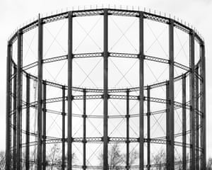 A gas holder tower in Aston, Birmingham by photographer Martin Chivers.