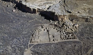 View of the ancient settlement of Anasazi of Pueblo Bonito in Chaco Canyon.