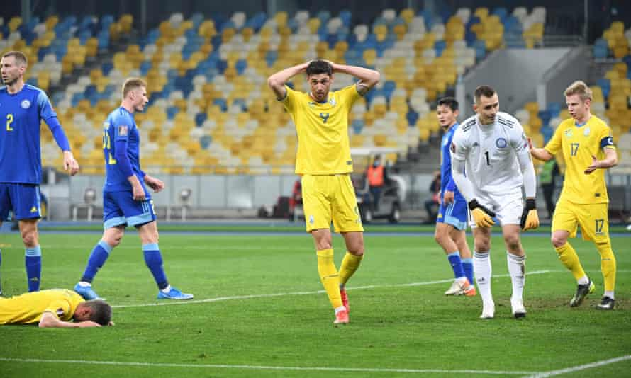 Roman Yaremchuk misses a chance against Kazakhstan.