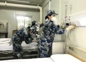 Staff test facilities at Huoshenshan