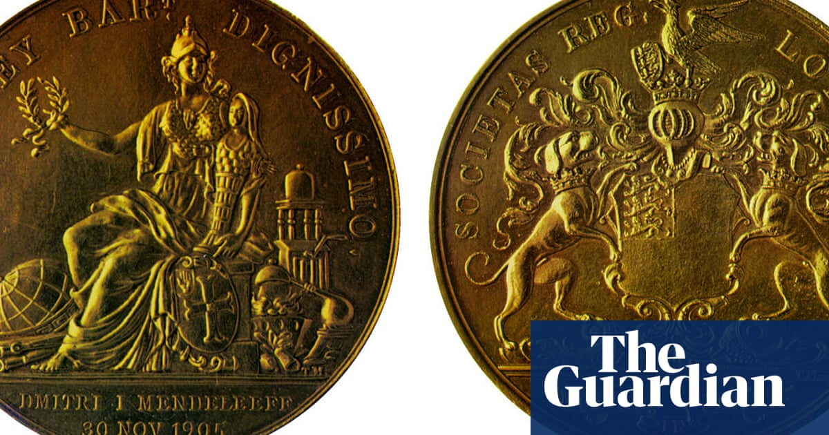 Why did a medal become the prize for scientific achievement