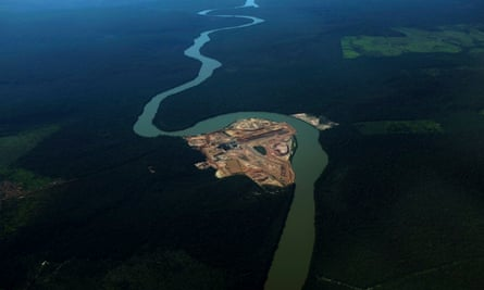 The construction site of a hydroelectric dam along the Teles Pires river near Alta Floresta, Brazil.